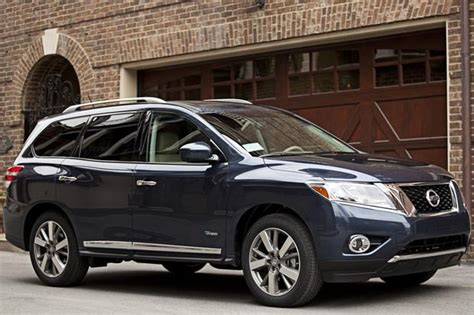 suvs with three rows of seats top fuel efficient suvs and minivans with 3 row seating