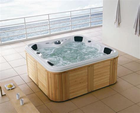 vasca da bagno esterna vasca da bagno esterna della stazione termale ws 092a