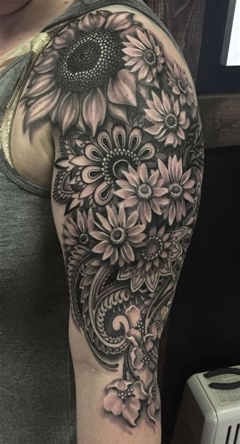 best half sleeve tattoos best 25 half sleeve tattoos ideas on