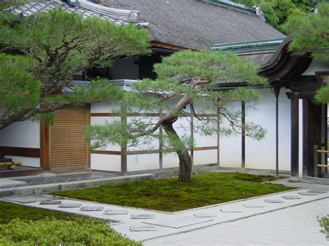 japanese backyard landscaping ideas backyard patio ideas with garden stunning japanese court