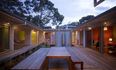 courtyard houses housetrained homes interiors