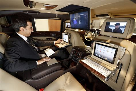 bentley cars inside bentley mulsanne executive interior boombotix skullyblog