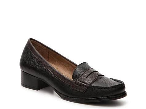 womens loafers dsw naturalizer balfour loafer dsw