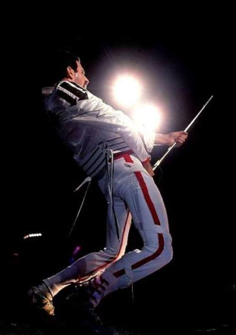 biography of freddie mercury short 299 best images about freddie mercury on pinterest ga ga