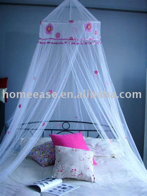Childrens Bed Canopy Best 25 Bed Canopy Ideas On Pinterest Canopy Reading Tent And Boys Bed Canopy