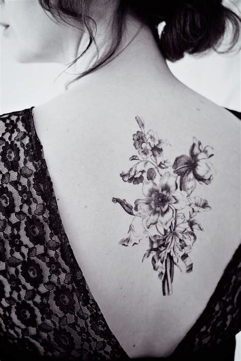 floral back tattoos best 25 flower back tattoos ideas on vintage