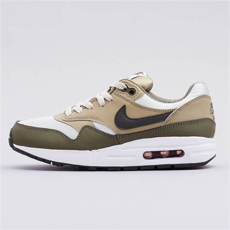 Nike Air Max 200 Gs by Nike Air Max 1 Gs 807602 200