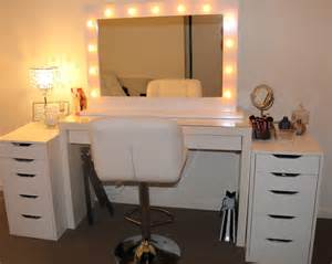 Vanity Mirror With Lights And Dresser Vanity With Lights Around Mirror Lightupmyparty
