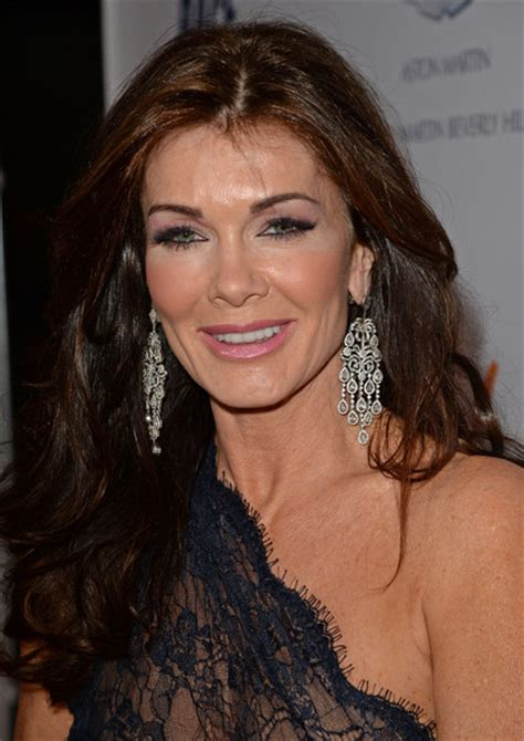 linda vanserpump hair more pics of lisa vanderpump long wavy cut 5 of 14
