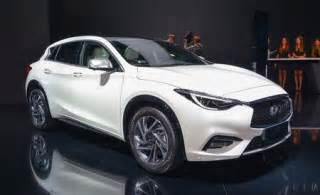 Rent Smart Infinity 2017 Infiniti Q30 Official Photos And Info News Car