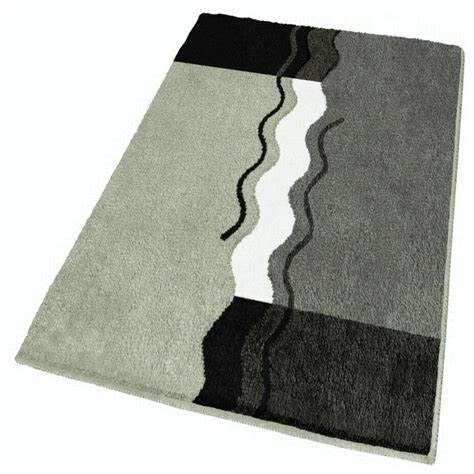 Oversized Bathroom Rugs Oversized Contemporary Bath Rug Grey 27 6 Quot X 47 2 Quot Modern Bath Mats By Vita Futura