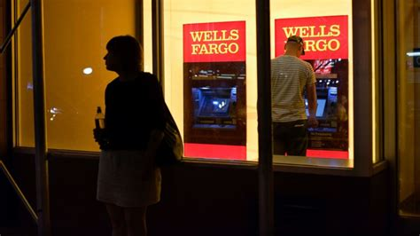 Wells Fargo Sweepstakes 2016 - former wells fargo employees file lawsuit amid accounts scandal abc7ny com