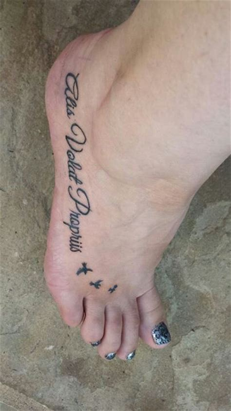 tattoo alis volat propriis my amazing foot tattoo alis volat propriis ink pinterest