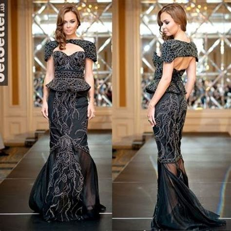 7 Really Expensive Dresses by Top 10 Most Expensive Dresses Of All Time Page 7 Of 10