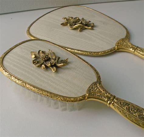 4 Sets Of Mirror And Comb Tendon 4 Set Sisir U685 vintage matson mirror hair brush vanity set my vintage and