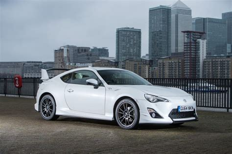 Toyota Company Models What S Different About The Gt86 Aero And Giallo Models