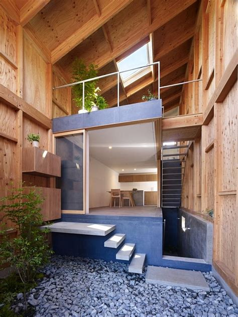home design inside image house in a small and narrow site in kanagawa japan
