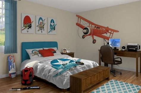 plane themed bedroom tips for selecting themed decorations and decorating theme