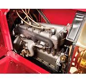 1909 Ford Model T TownCar Retro Engine F Wallpaper  2048x1536