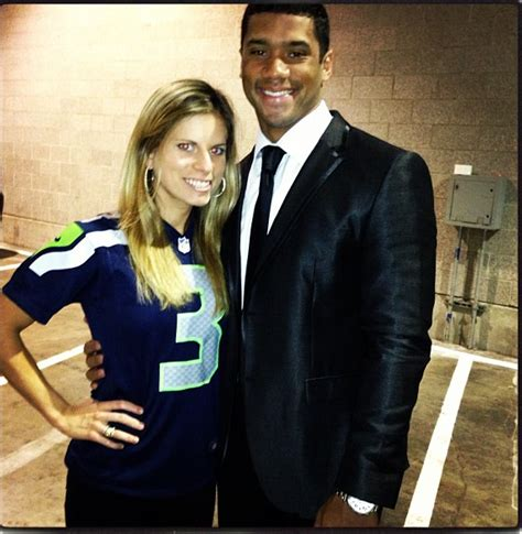 Ashton Meme - why russell wilson is on the right track