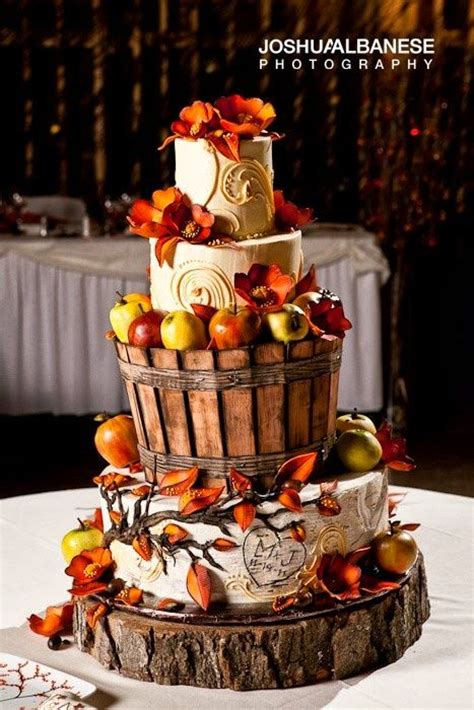 10 wedding cakes to inspire your fall wedding
