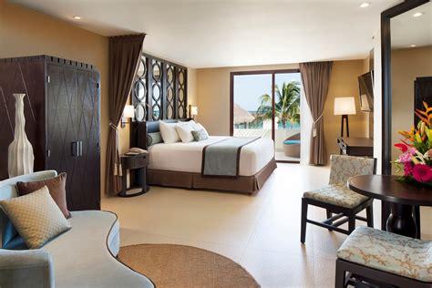 hoteles con jacuzzi en el cuarto - Cuarto Hotel
