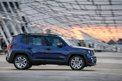 2019 jeep renegade the comprehensive 2019 jeep renegade photo gallery