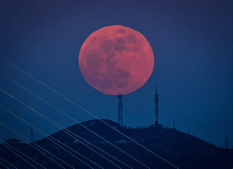 Moon Bloody Moon see stunning photos of the 2018 blue blood moon time