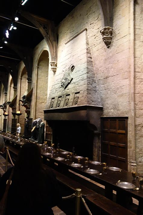 Harry Potter Fireplace by A Muggle Went To The Warner Brothers Harry Potter Studio And Took These Photos