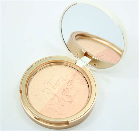 City Color Glow Duo Highlight Powder faced candlelight glow highlighting powder duo warm glow vy varnish