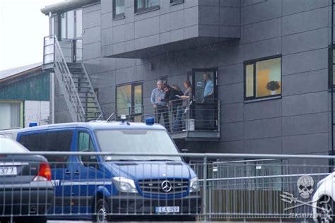 pt boat one owe nine lost the volunteers were held in police custody for 9 hours