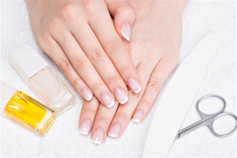applying acrylic nails at home laundry
