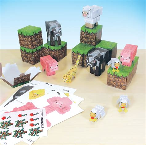 Minecraft Papercraft Animal Mobs - jazwares shows range of minecraft papercraft