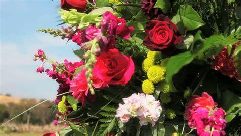 floral arrangement definition meaning
