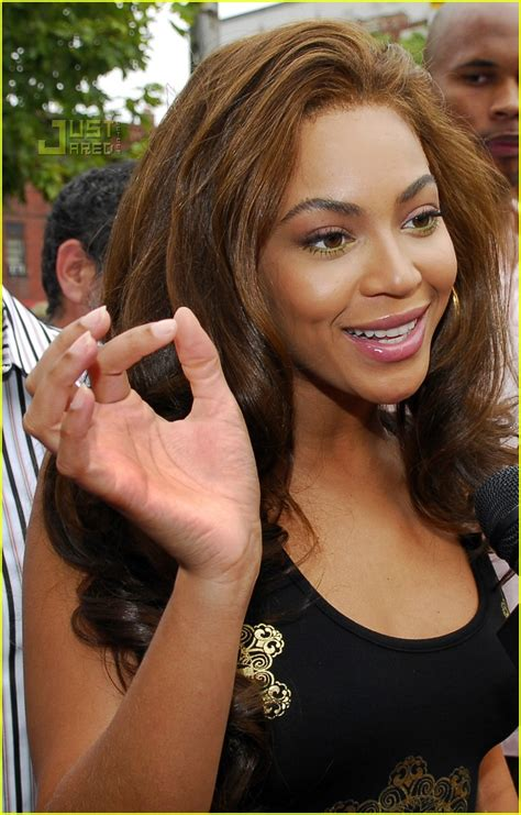 Beyonce Solange And Tina Launch The Dereon Juniors Line In Canada by Beyonce Launches Dereon For Juniors Photo 532641