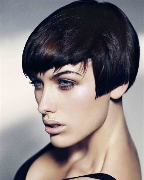 symmetrical hairstyles definition stunning short bean hairstyles for 2012 hairstyles for
