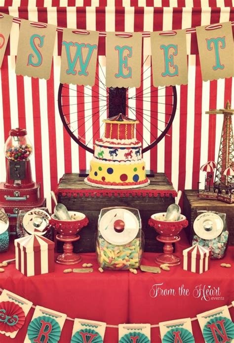 circus home decor best 25 vintage circus party ideas on pinterest circus