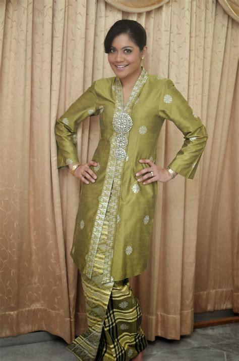 Foto Baju Kebaya kumpulan foto model baju kebaya songket trend baju kebaya