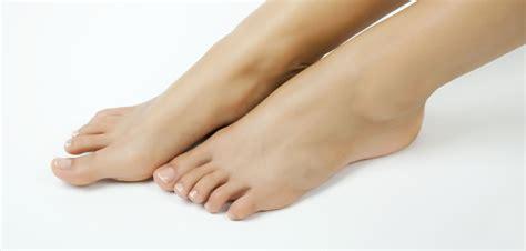le sur pieds p 233 dicure peut on faire une manucure sur les pieds grazia fr