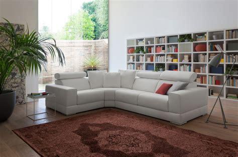 vendita divani in pelle vendita divani a brescia