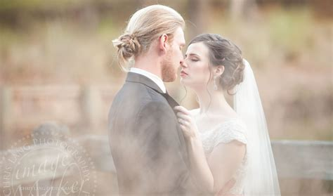 Wedding Photography Styles by Rustic Wedding Style Wedding At The River Lodge In River