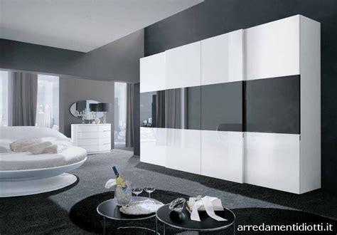 armadio con tv incorporata prezzi armadi con vano tv scorrevole o battente diotti a f