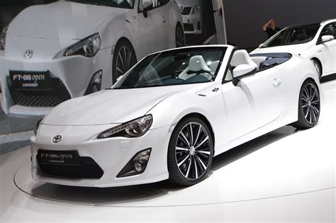 subaru brz vs scion frs vs toyota gt86 image gallery 2016 4 door frs