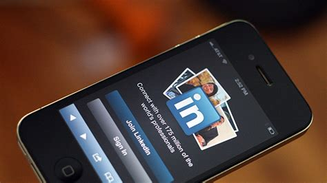 linked in mobile a the look at linkedin s mobile engineering