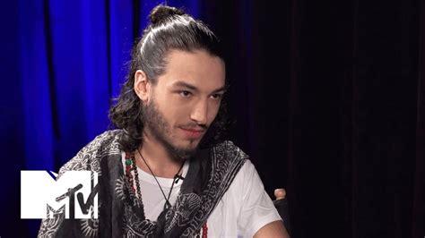 ezra miller beard ezra miller reveals secrets of the flash mtv news