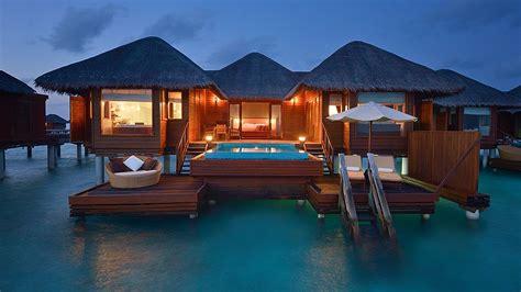 maldive bungalow per aquum huvafen fushi atoll maldives