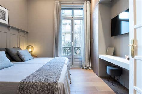 2 bedroom luxury apartments luxury barcelona 2 bedroom apartment b249