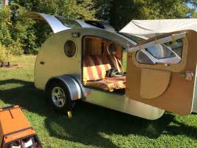Overhead Bed Storage Tiny Teardrop Trailer Has Huge Windows For Stargazing Curbed