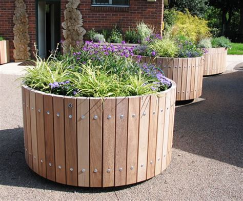 Circular Planter by Swithland Fsc Timber Tree Planters Design Esi