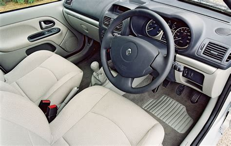 renault clio 2007 interior renault clio hatchback 2001 2008 features equipment